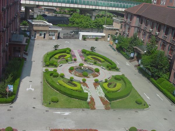学校校园绿化设计及百慕大草坪施工要点
